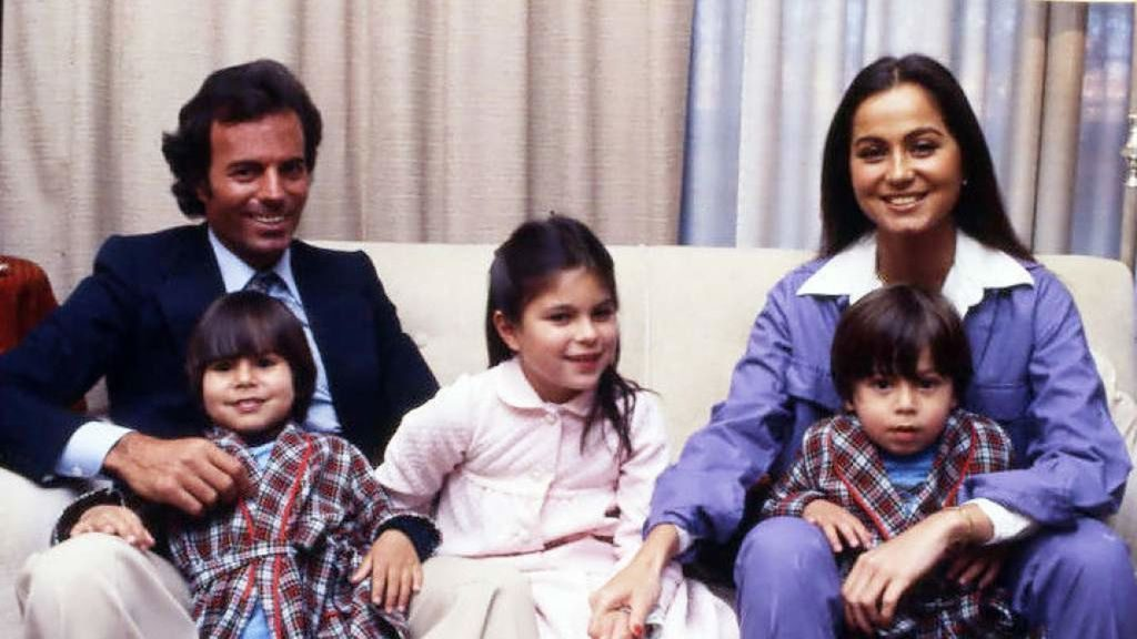 la familia de Enrique Iglesias